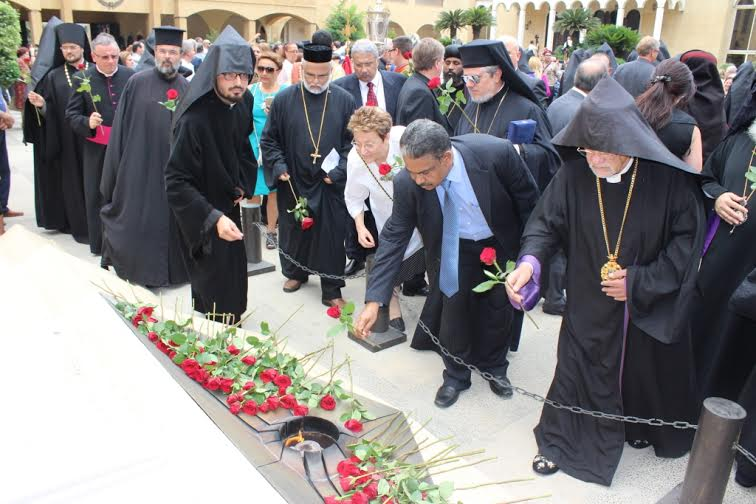 Dr-Mathews-George-Paying-tribute-at-the-Armenians-genocide-memorial