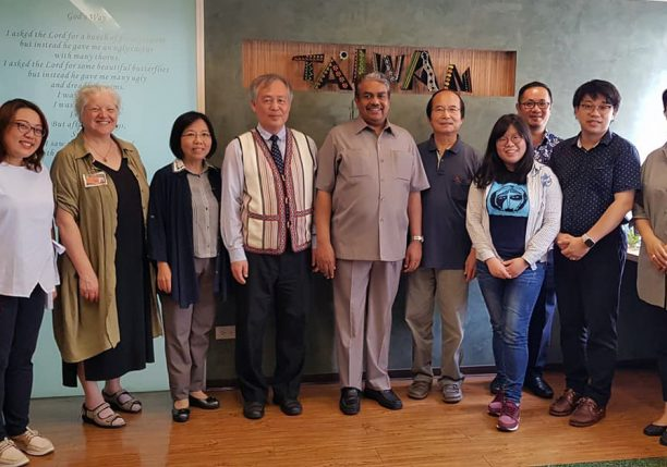 CCA delegation with Member churches_2